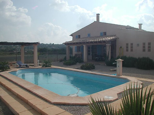 Old finca completely reformed up to a high standart near Montuiri