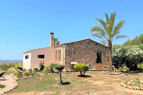 Schöne neu renovierte Finca mit unverbautem Blick Richtung Cabrera, Campos