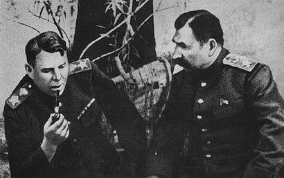 Василевский фото маршала на фронте 3.jpg