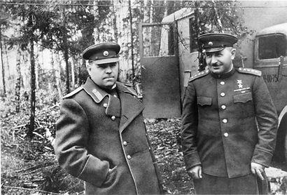 Василевский фото маршала на фронте 1.jpg