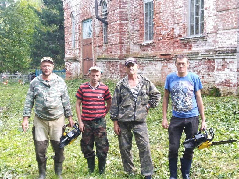 Волонтеры.jpg