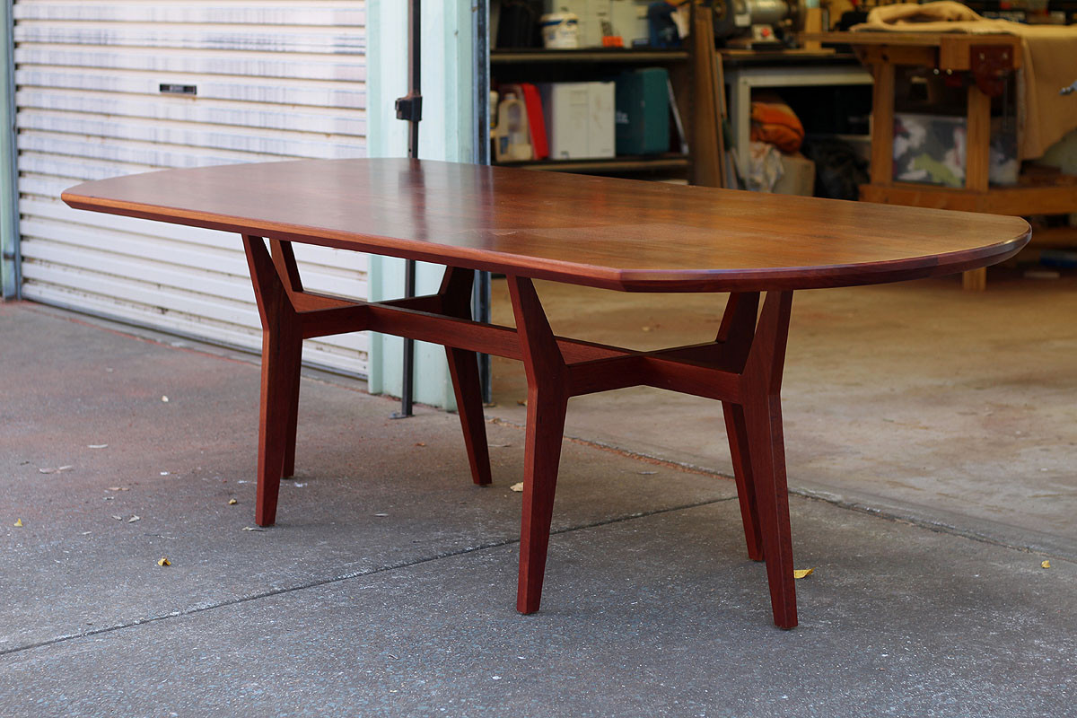 Fremantle dining table