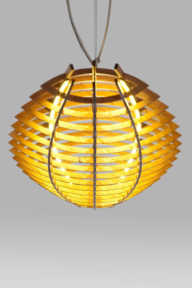 Hull pendant light