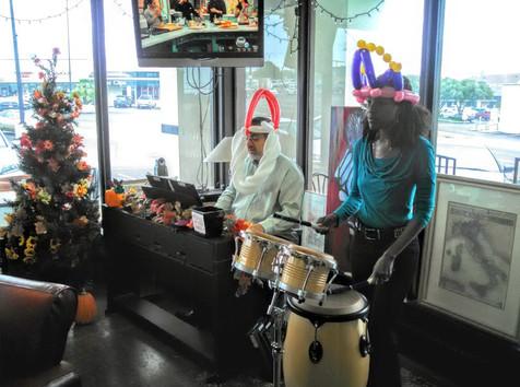 Students Perform at La Taza Coffee Shop