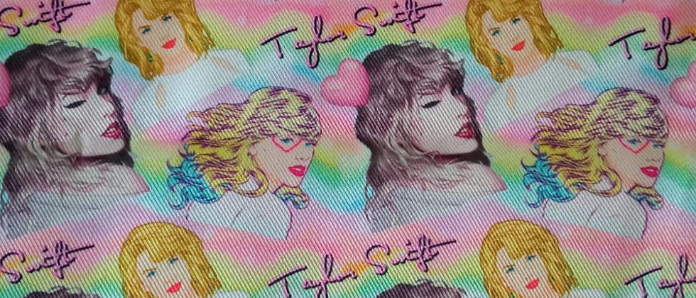 Retal 100% poliéster 33x48cm Taylor Swift