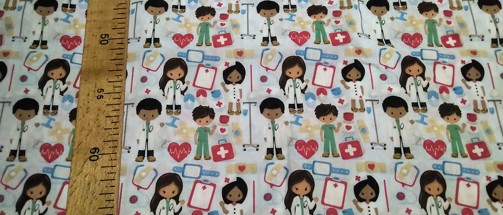 Retal algodón 33x48cm Enfermeros/Doctores