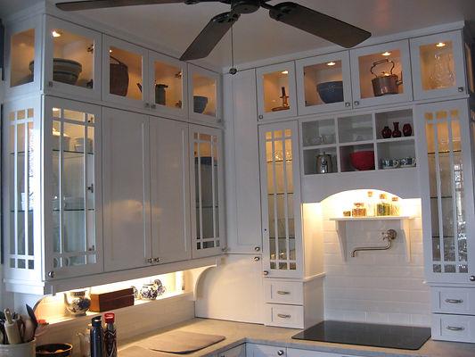 Kitchen 2292-wh2.JPG