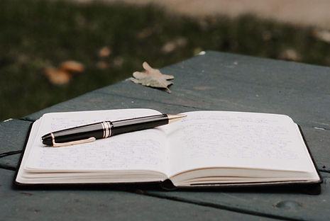 Anteckningsblock och penna