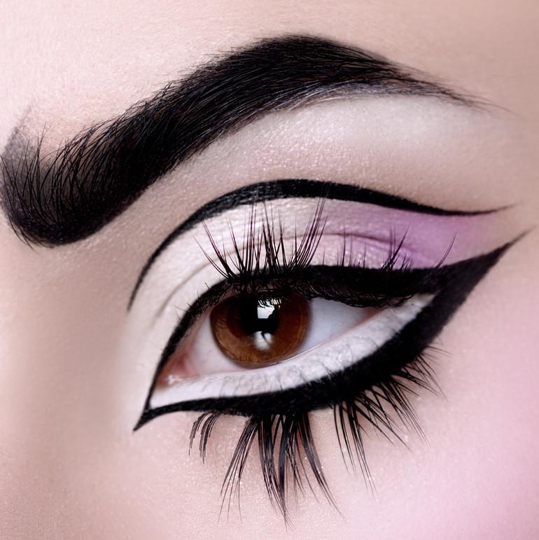 eyepencil Black & liquid eyeliner & eyepencil SNOWFLAKE & eyedust THULITE & eyelashes Gorgeous -3.jpg