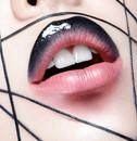 DSC_6086lipgloss FLAX & cake eyeliner & transparent lipgloss .jpg