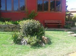 Espaço de encontro junto ao jardim