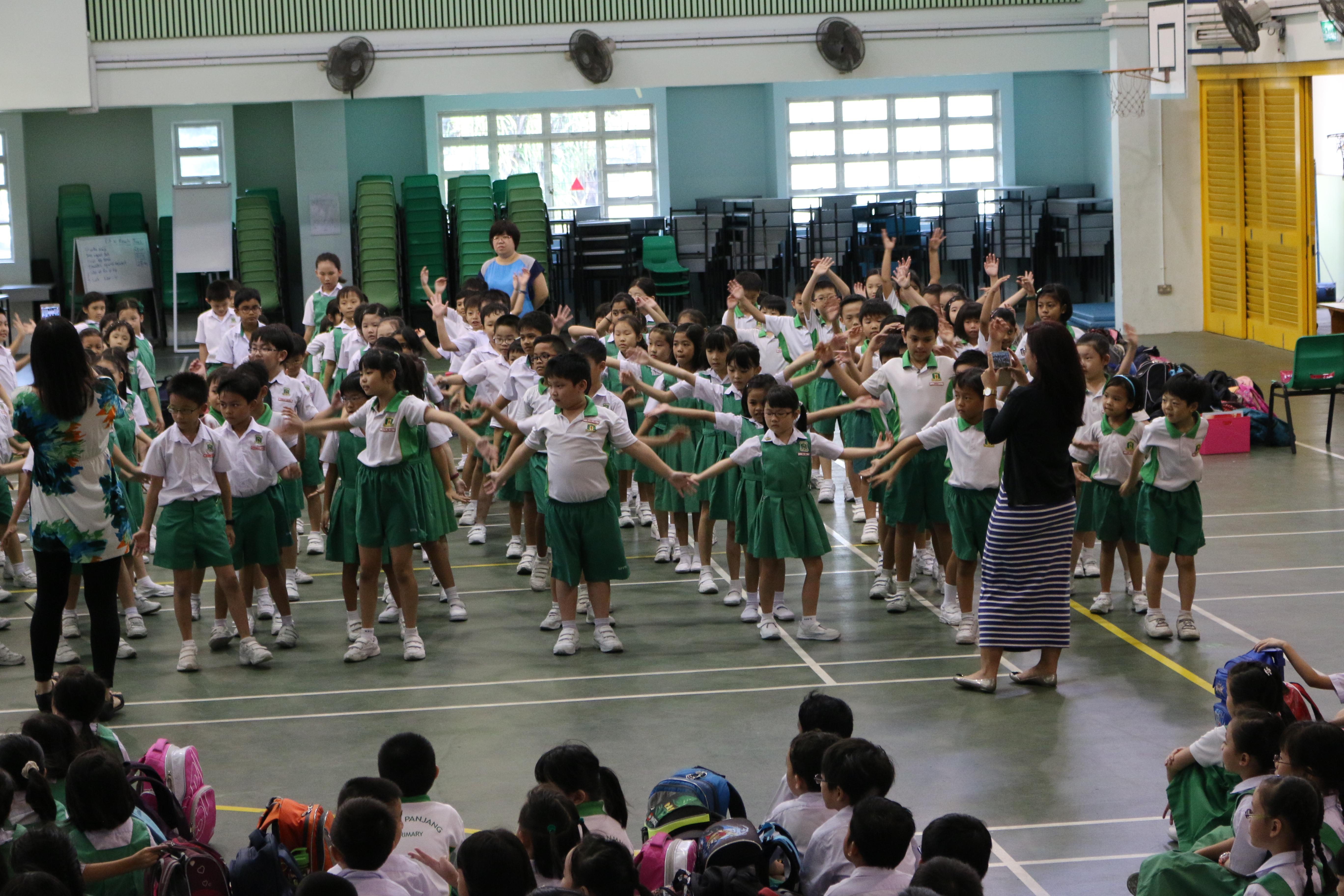 Bukit Panjang Pri Sch Ethnic Dance