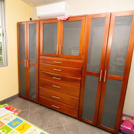 Closet chelsea