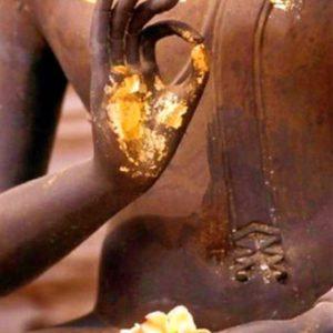 Broderie diamants Main Bouddha Or 30cm x 40cm
