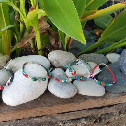 Bracelets népalais faits main