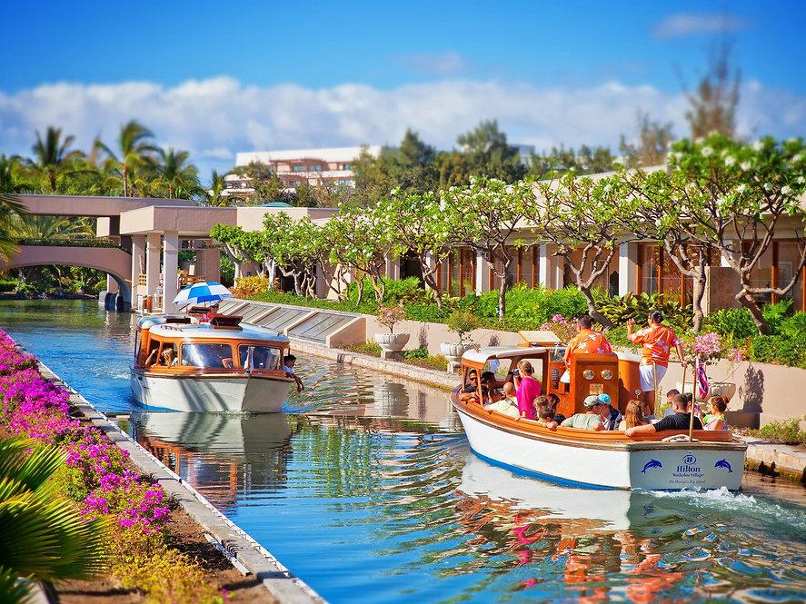 Resort - bi11.jpg
