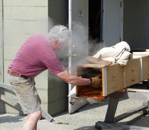 Bill opening steam box