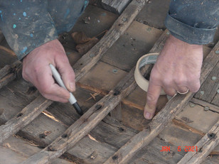 Marking the stations on the old keel