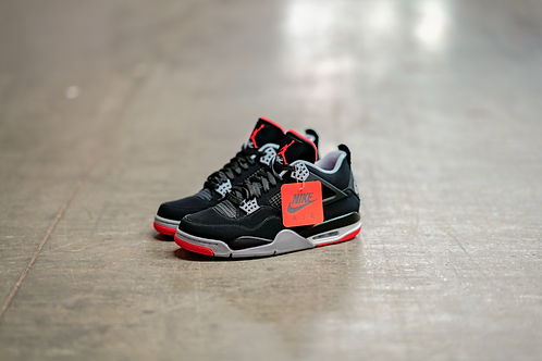 NIKE AIR JORDAN RETRO 4 (BRED'S)