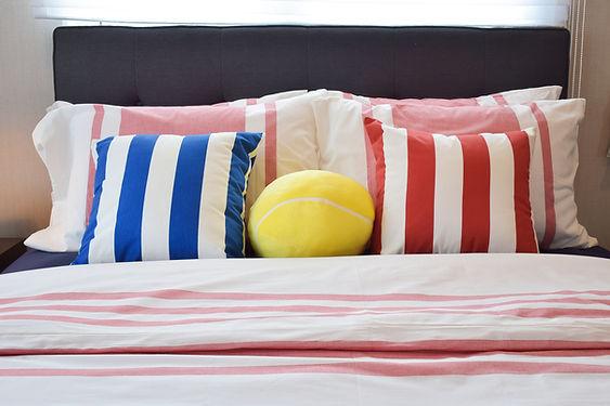Buntes Bett