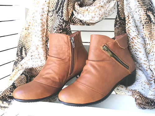 New Nature (tan) Leather Ankle Boots