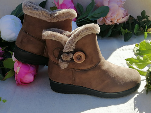 Suede Fur Lined Ankle Boots