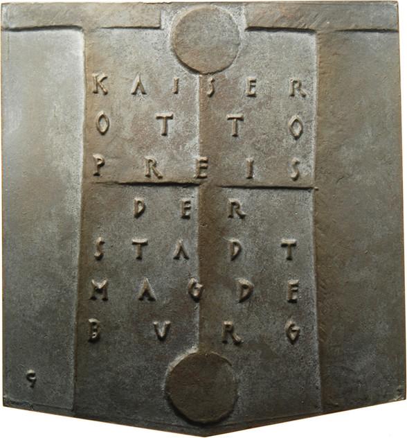 """Bernd Göbel, Plakette """"Kaiser-Otto-Preis der Stadt Magdeburg - Federica Mogherini"""", 2017, Bronze, 97 x 89 mm, Revers"""