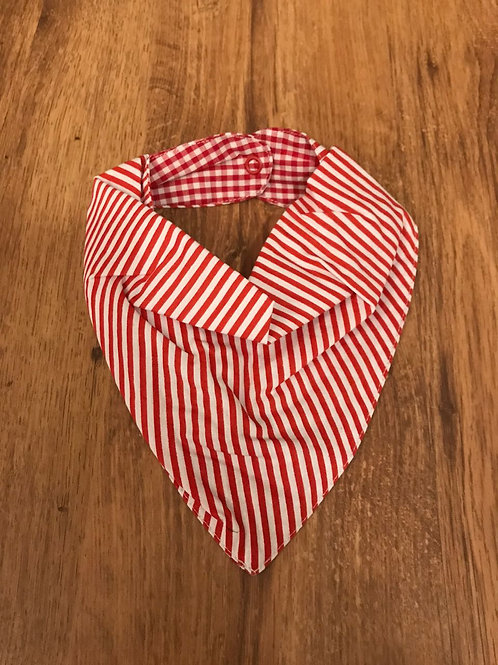 Babador bandana listrado vermelho