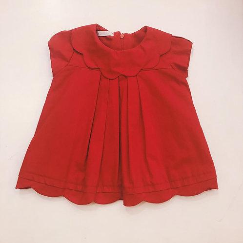 Vestido vermelho gola pétalas