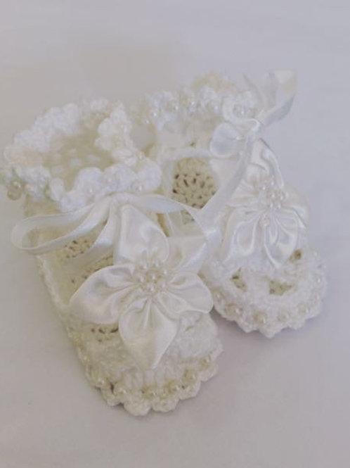 Sandália de crochê branca