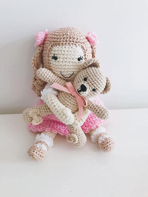 Boneca com ursinha P