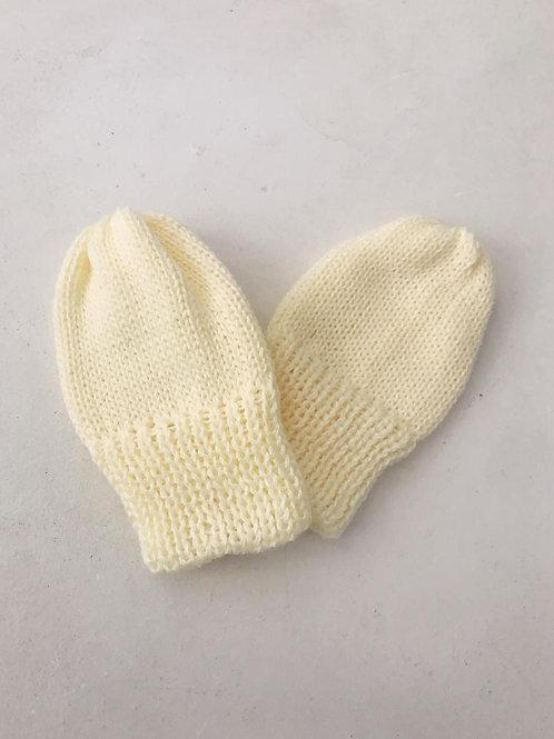 Luva tricot baby amarela.