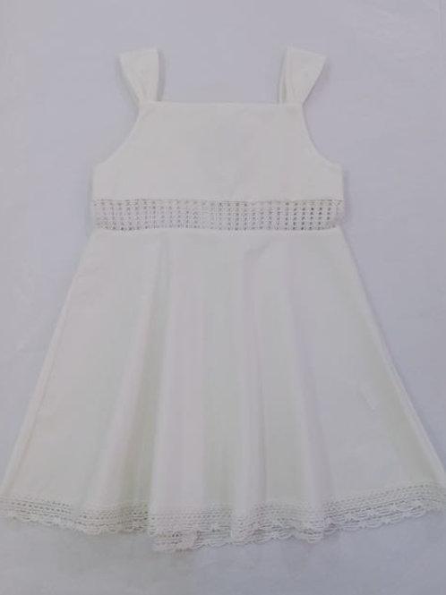 Vestido com faixa em renda branco