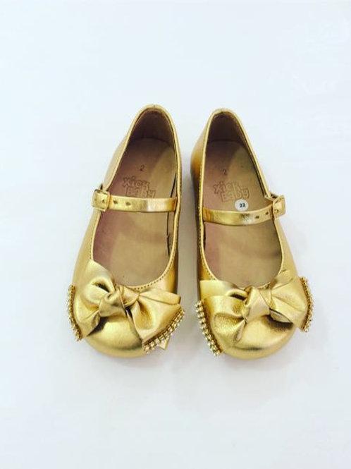 Sapato dourado strass