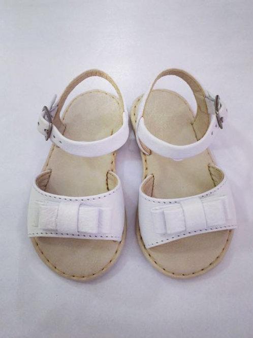 Sandália branca lacinho