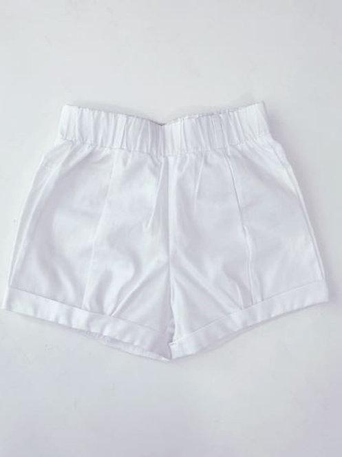 Shorts branco botões