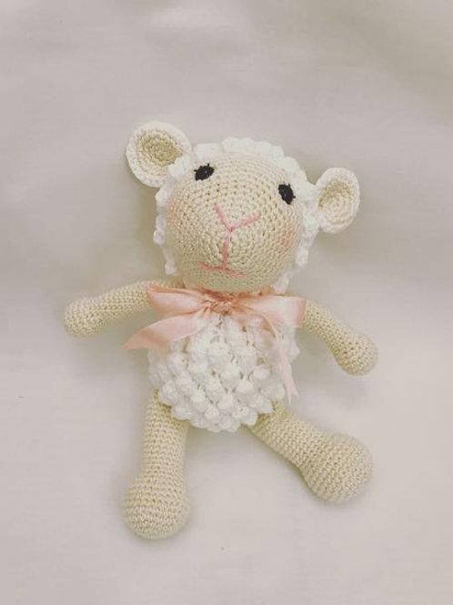 Mini ovelha rosa