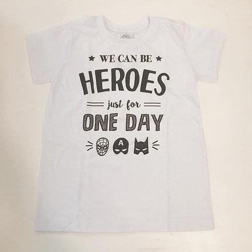Camiseta masculina heroes