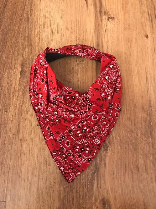 Babador bandana estampa vermelho