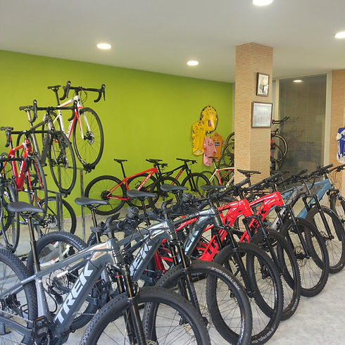 Foto_Ciclos_Beni_seccion_bicicletas_eléc