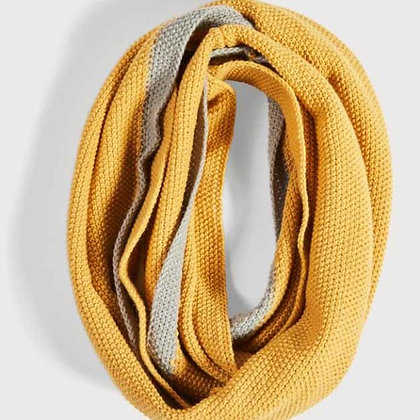 Soft Moss Stitch Knitted Snood - Mustard Yellow - Quintessential Cambridge