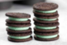 Mint-Creme-Oreos-e1514315784148.jpg