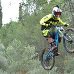 Jim Panagiotaras SantaCruz V10 rider.jpg