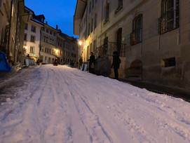 Piste de luge Fribourg de nuit.jpg