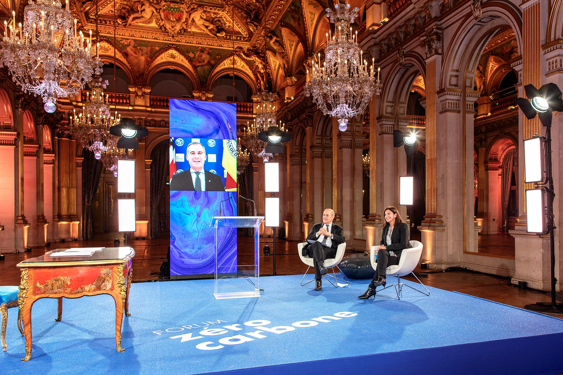 La Tribune & La ville de Paris