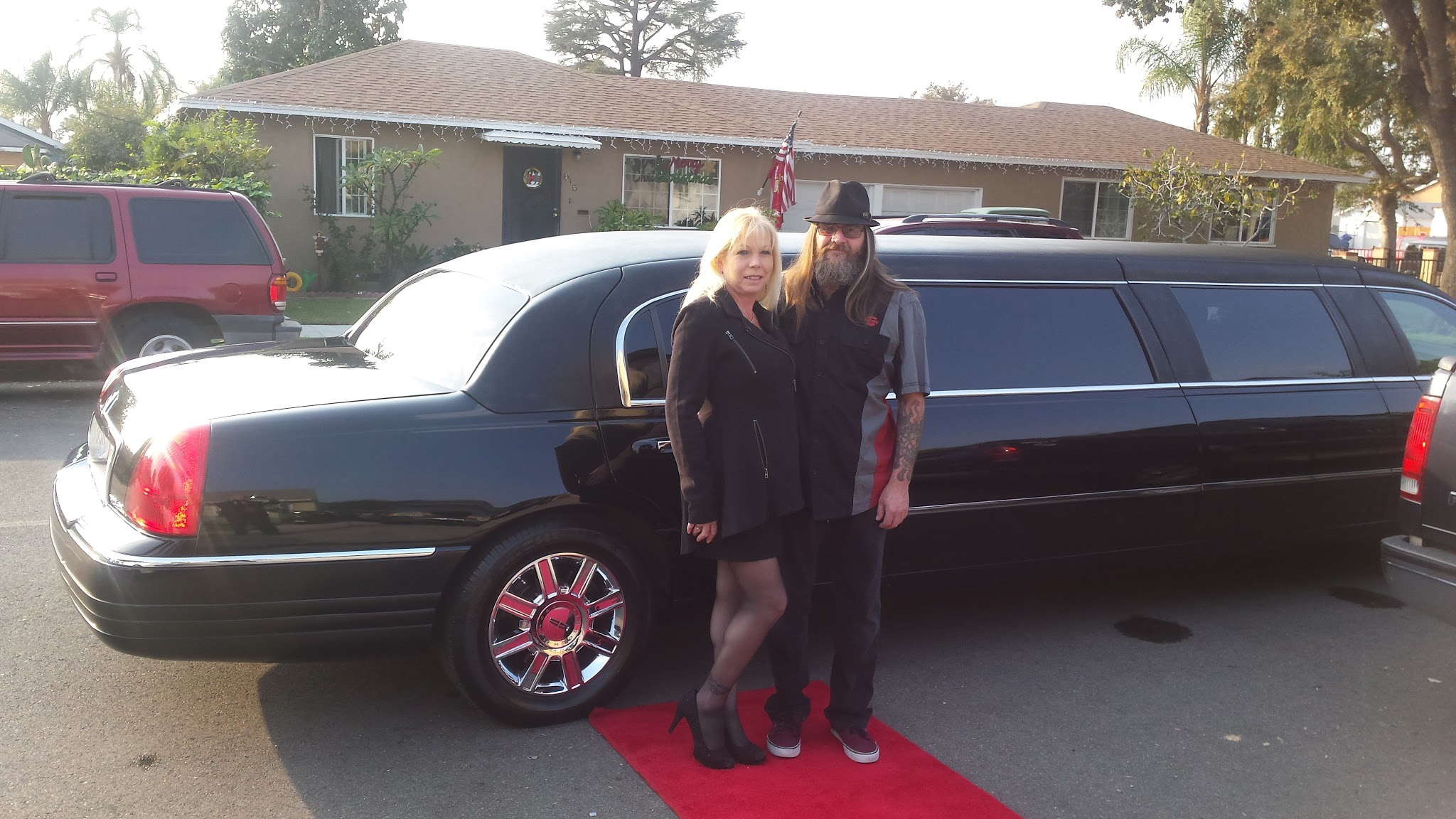 glitz_limousines_guests70