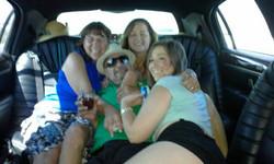 glitz_limousines_guests10