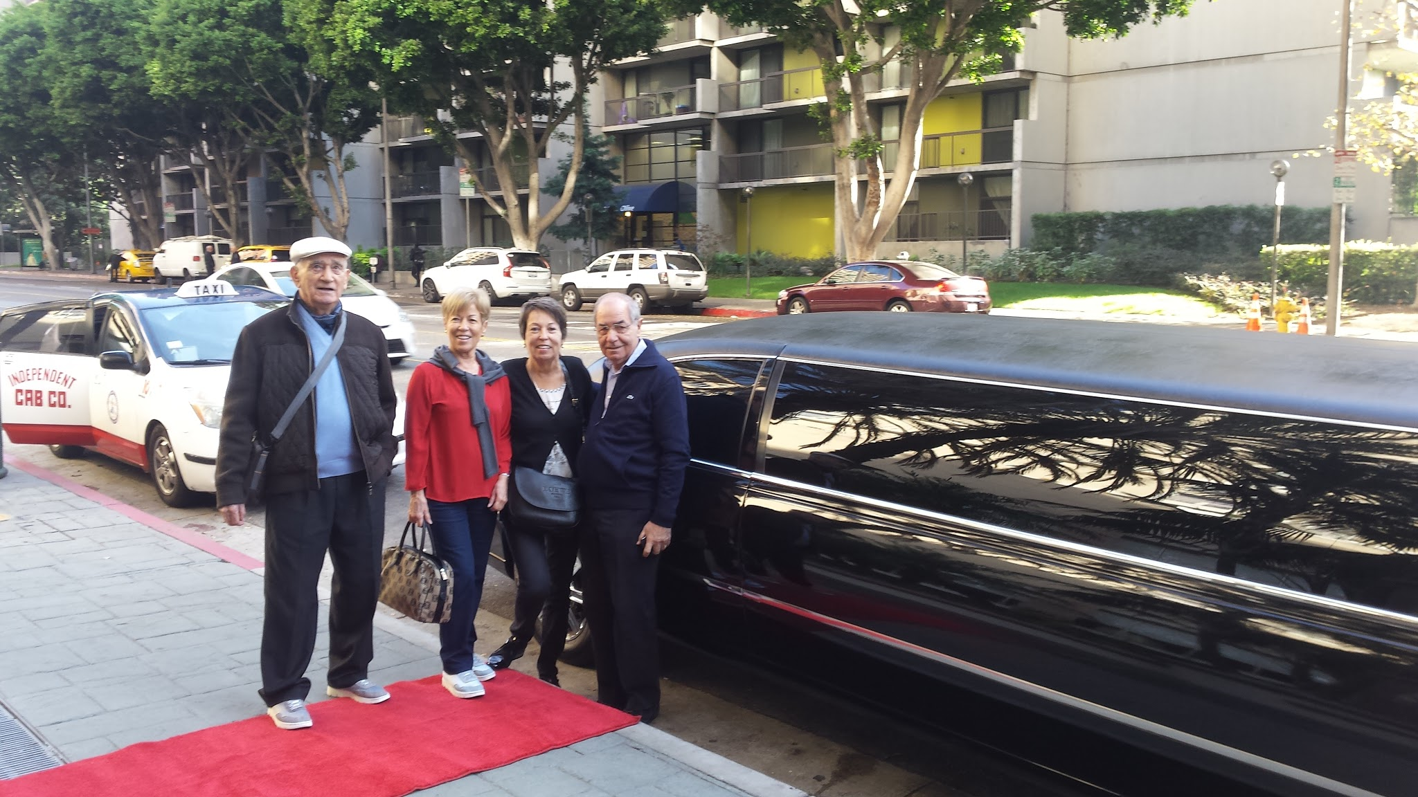 glitz_limousines_guests68