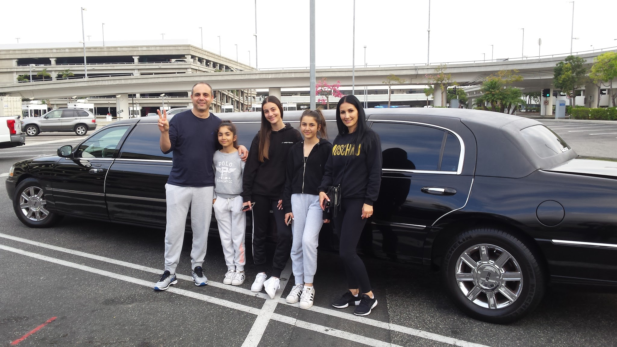 glitz_limousines_guests66