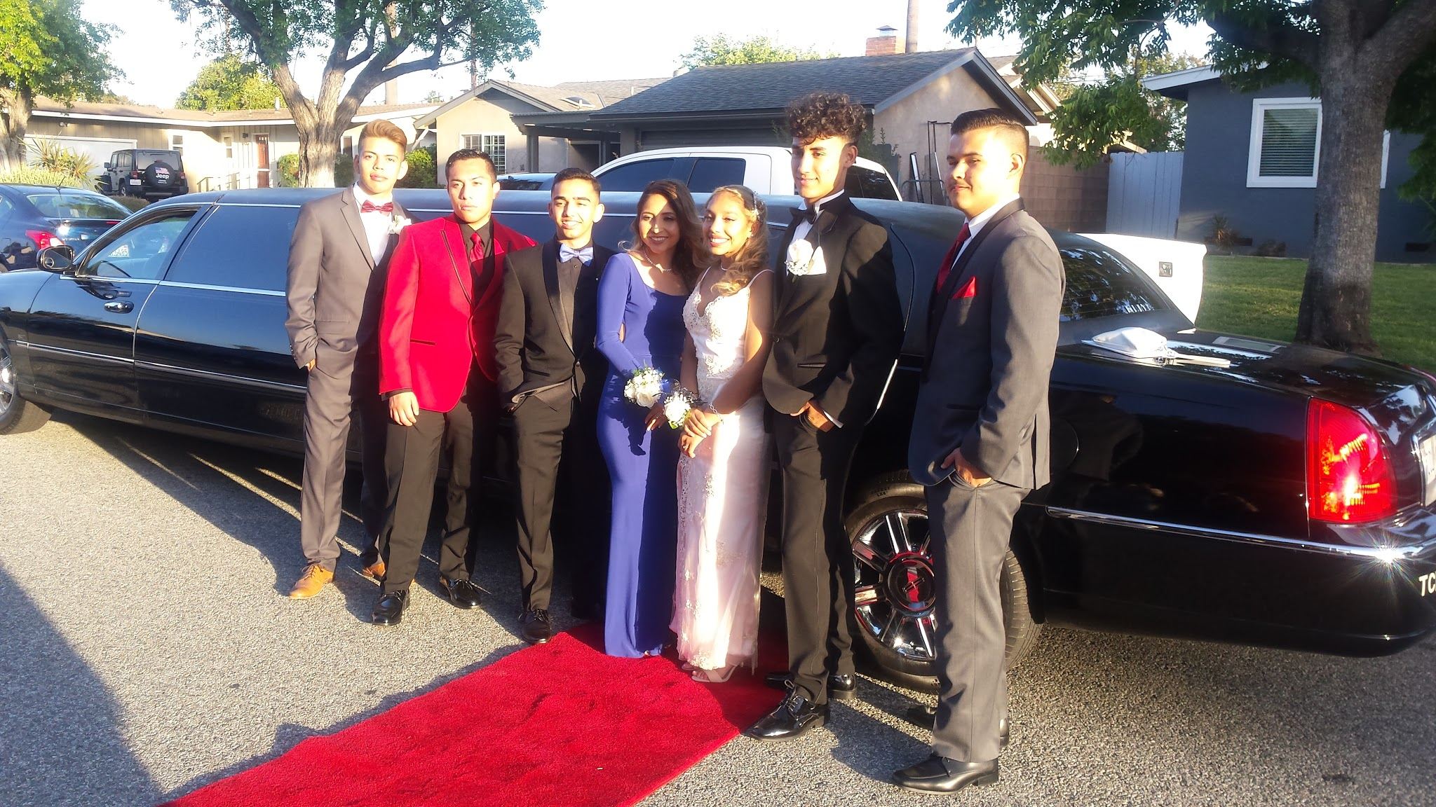 glitz_limousines_guests60